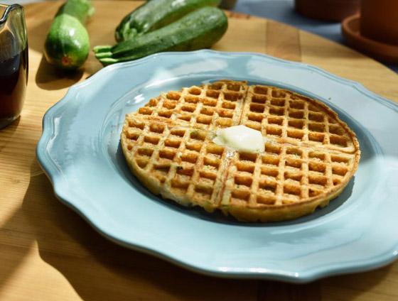صورة رقم 9 - إليكم طريقة تحضير وافل الكوسا لفطور صباحي صحي ولذيذ خفيف