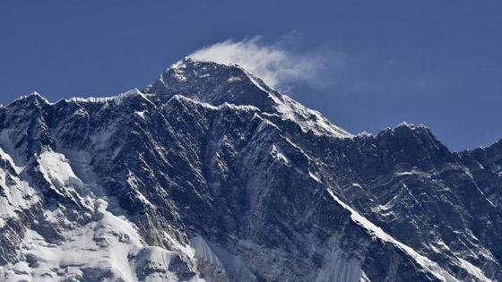 قمة صخرية رسوبية.. جبل إفرست أعلى قمة في العالم! صور صورة رقم 5