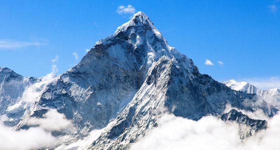 قمة صخرية رسوبية.. جبل إفرست أعلى قمة في العالم! صور صورة رقم 1