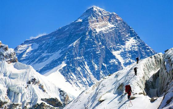 قمة صخرية رسوبية.. جبل إفرست أعلى قمة في العالم! صور صورة رقم 4