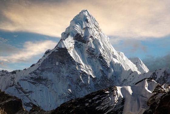 قمة صخرية رسوبية.. جبل إفرست أعلى قمة في العالم! صور صورة رقم 7