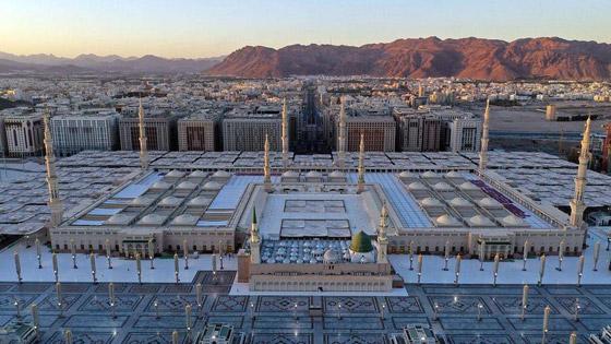كورونا: شاهدوا الالتزام والوعي المجتمعي في المسجد النبوي! صور صورة رقم 2