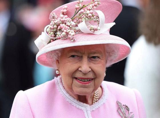 كم تبلغ ثروة الملكة إليزابيث الثانية ملكة بريطانيا في عام 2020؟ صورة رقم 4