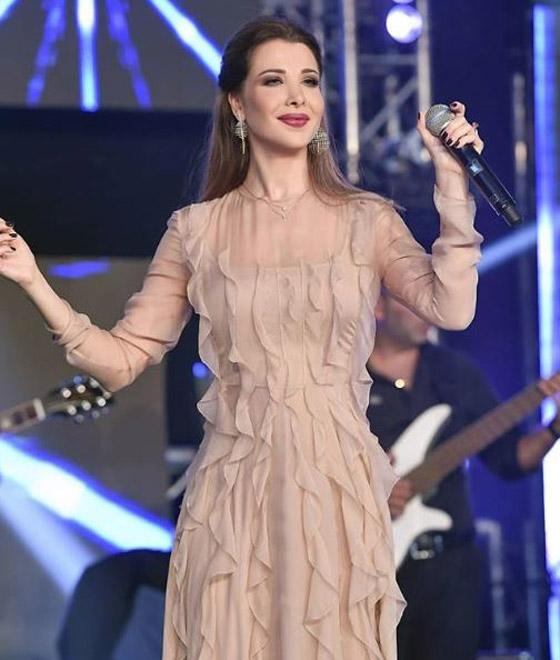 """نانسي عجرم تُحيي حفل العيد في بث مباشر على يوتيوب.. دعت الجميع للمشاركة"""" صورة رقم 2"""