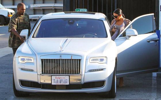 بالصور: أي ثنائي من المشاهير والنجوم يمتلك أروع السيارات؟ صورة رقم 3