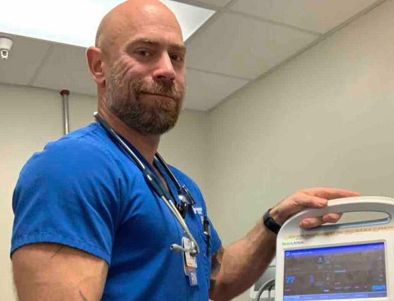 بسبب كورونا.. رياضي مفتول العضلات يفقد وزنه ويتحول لجسد نحيل! صورة رقم 10