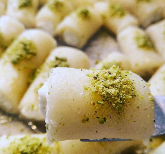 فيديو توب شيف أسيل شريف يكشف سر إعداد (حلاوة الجبن) الشهية للعيد صورة رقم 9