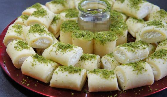 فيديو توب شيف أسيل شريف يكشف سر إعداد (حلاوة الجبن) الشهية للعيد صورة رقم 10