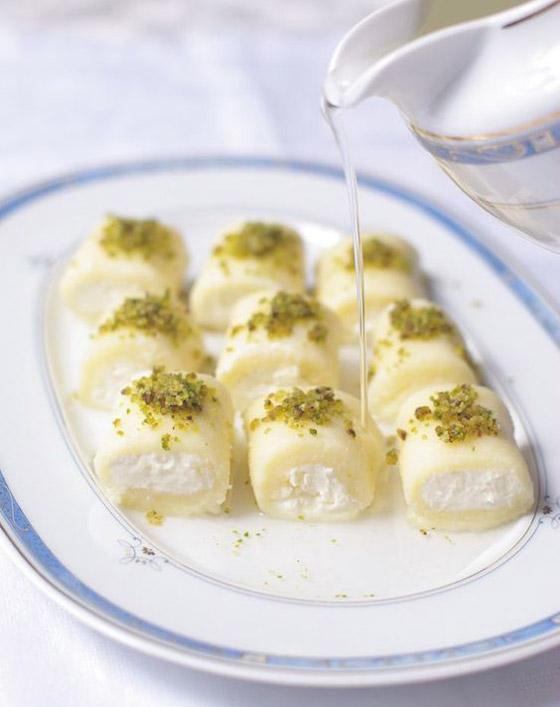 فيديو توب شيف أسيل شريف يكشف سر إعداد (حلاوة الجبن) الشهية للعيد صورة رقم 16