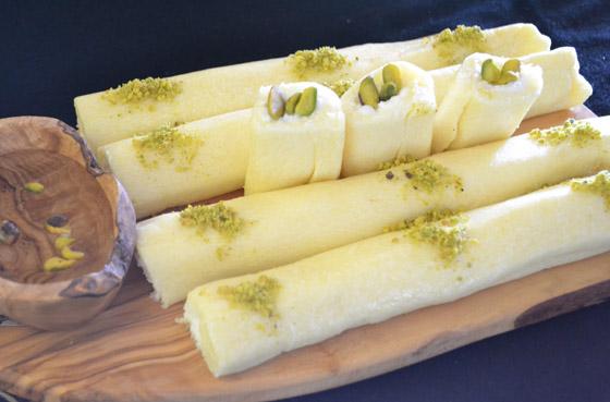 فيديو توب شيف أسيل شريف يكشف سر إعداد (حلاوة الجبن) الشهية للعيد صورة رقم 17