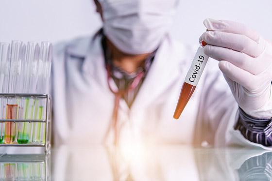 بعد ثبوت أمانه وفعاليته.. أول استخدام للقاح مضاد لفيروس كورونا صورة رقم 4