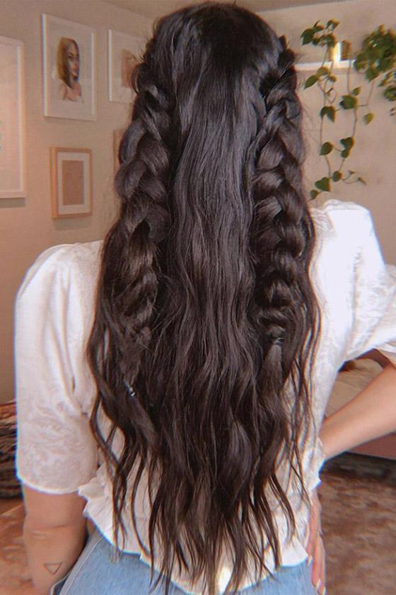 شعر متطاير بإطلالات مختلفة كل يوم.. 10 أفكار لتسريحات الشعر المنسدل صورة رقم 2