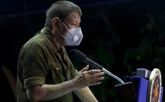فيروس كورونا: الرئيس الفلبيني يطلب من مواطنيه تعقيم الكمامات بالبنزين! صورة رقم 4