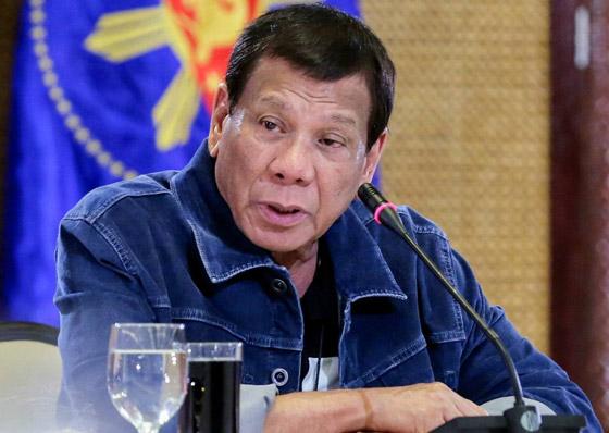 فيروس كورونا: الرئيس الفلبيني يطلب من مواطنيه تعقيم الكمامات بالبنزين! صورة رقم 9
