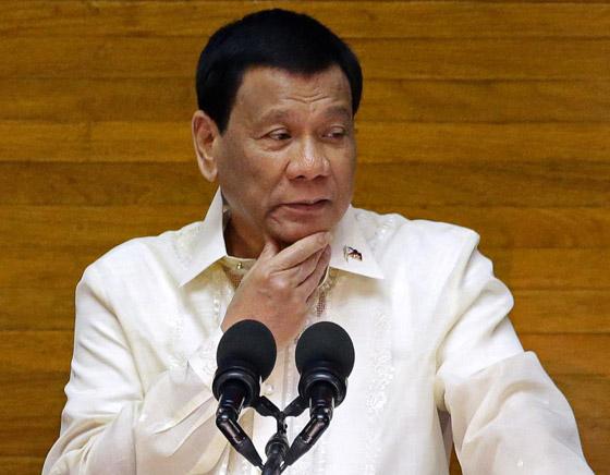 فيروس كورونا: الرئيس الفلبيني يطلب من مواطنيه تعقيم الكمامات بالبنزين! صورة رقم 10