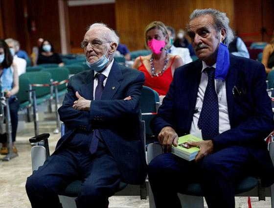 نجا من الحرب وكورونا.. أكبر طالب جامعي إيطالي يتخرج بعمر 96 عاما صورة رقم 14