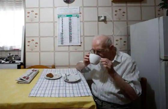 نجا من الحرب وكورونا.. أكبر طالب جامعي إيطالي يتخرج بعمر 96 عاما صورة رقم 19