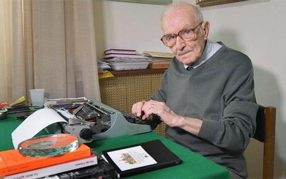 نجا من الحرب وكورونا.. أكبر طالب جامعي إيطالي يتخرج بعمر 96 عاما صورة رقم 20