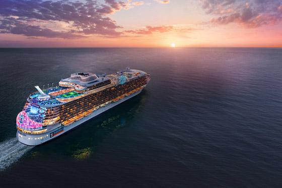 أعجوبة البحر جاهزة.. أكبر سفينة سياحية في العالم تستعد للإبحار صورة رقم 4
