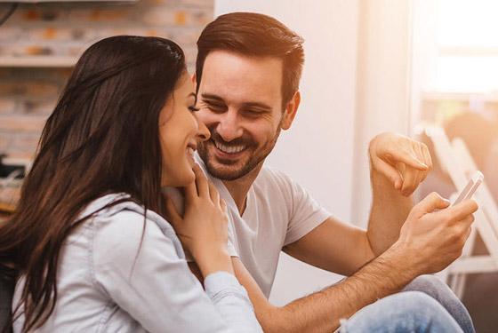 صورة رقم 1 - إليكم أسرار التواصل الناجح بين الزوجين وأهم المهارات لإنجاح العلاقة