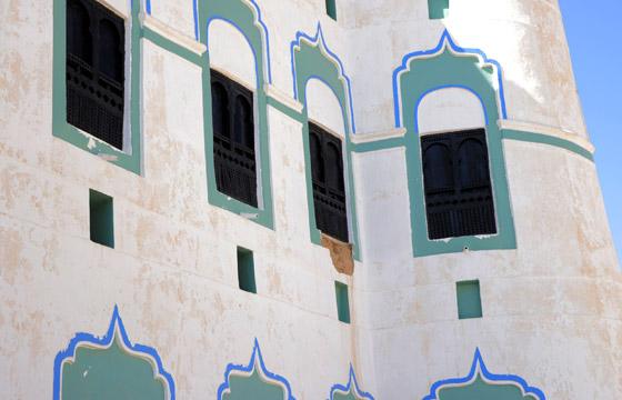 قصر في بلد عربي.. أكبر مباني العالم أمام خطر الانهيار صورة رقم 2