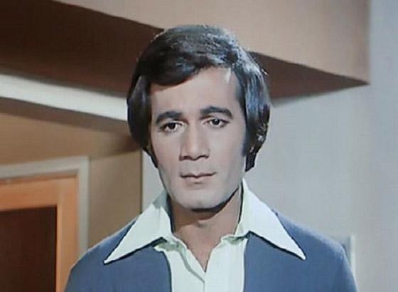 النجم محمود ياسين .. ترك المحاماة من أجل عشقه للفن صورة رقم 1