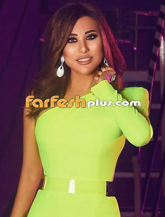 صورة رقم 5 - بالصور: نجوى كرم بإطلالة مبهرة في ذا فويس سينيور.. وهذا سعر فستانها