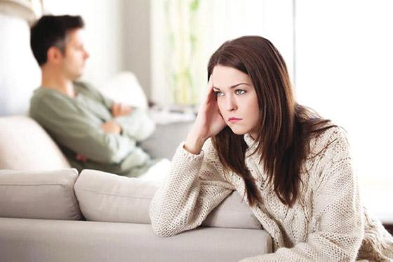 صورة رقم 1 - آثار الشك المرضي على العلاقات العاطفية والأسرية