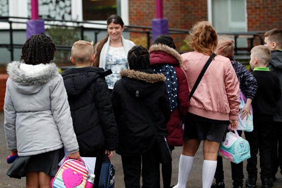 صورة رقم 6 - إغلاق المدارس بسبب كورونا يفقد الأطفال مهارات أساسية