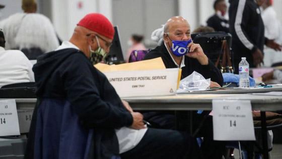 الجمهوريون في ميشيغان يسعون لتأجيل التصديق على نتائج التصويت صورة رقم 1