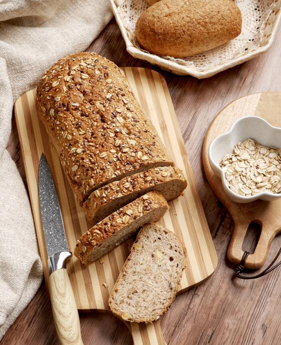 صورة رقم 3 - تريد تناول خبز صحي دون الشعور بالذنب؟ إليك وصفة خبز الشوفان الشهي