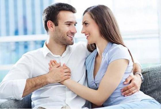 صورة رقم 2 - تصر فات تقوم بها المرأة لأسر قلب الرجل