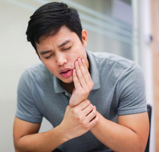 تفسير معاني الوجع.. ألم الأسنان الحاد قد يكون مؤشرا لمشاكل كبيرة في الفم صورة رقم 8