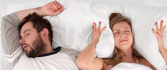 صورة رقم 2 - نصائح للتعامل مع زوجك الذي يعاني من الشخير!