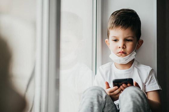 صورة رقم 6 - قد تتحول إلى ستيكرات مذلة ووسيلة لابتزازهم.. هذه مخاطر نشر الآباء صور الأطفال على الإنترنت