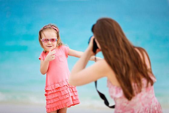صورة رقم 2 - قد تتحول إلى ستيكرات مذلة ووسيلة لابتزازهم.. هذه مخاطر نشر الآباء صور الأطفال على الإنترنت