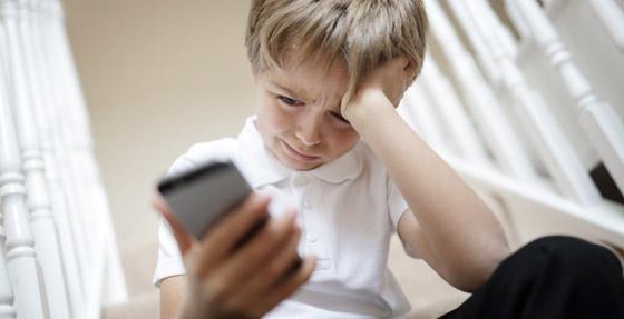 صورة رقم 5 - قد تتحول إلى ستيكرات مذلة ووسيلة لابتزازهم.. هذه مخاطر نشر الآباء صور الأطفال على الإنترنت