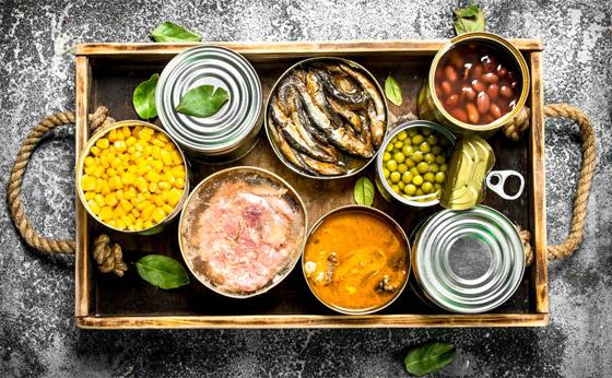 أضرار الأطعمة المعلبة: هل تستحق الوجبات الجاهزة سمعتها السيئة حقا؟ صورة رقم 1