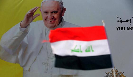صورة رقم 8 - فيديو وصور: بابا الفاتيكان فرنسيس يصل إلى العراق في زيارة تاريخية
