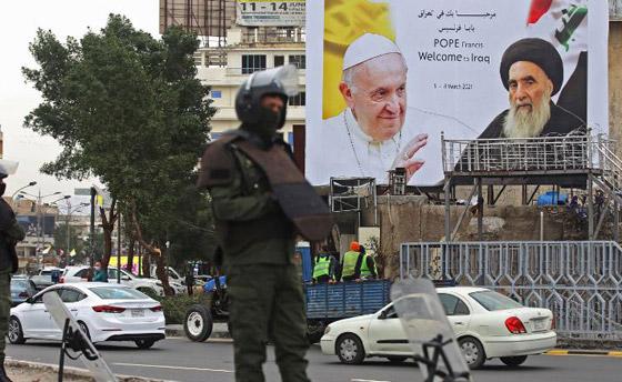 صورة رقم 14 - فيديو وصور: بابا الفاتيكان فرنسيس يصل إلى العراق في زيارة تاريخية