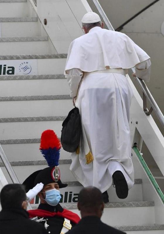 صورة رقم 23 - فيديو وصور: بابا الفاتيكان فرنسيس يصل إلى العراق في زيارة تاريخية