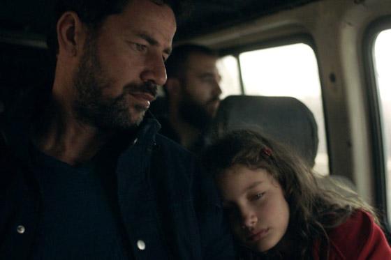 صورة رقم 6 - فلسطين تشق طريقها نحو الأوسكار بـ(الهدية).. قصة حقيقية وظهور خاص للجدار العازل