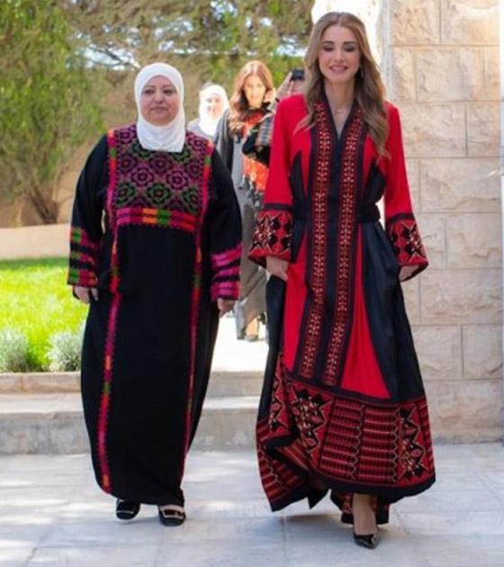 صورة رقم 20 - الثوب الأردني التقليدي على الملكة رانيا: التراث الأصيل في أبهى صوره