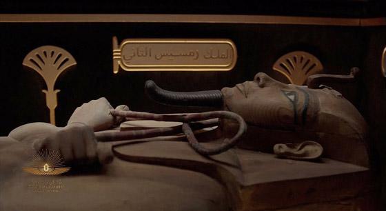 صورة رقم 11 - الرحلة الذهبية: مشهد تاريخي لنقل المومياوات المصرية الملكية بموكب مهيب