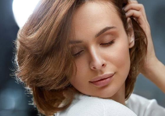 صورة رقم 4 - إليكم 4 خلطات أقنعة منزلية تعتني بأنواع الشعر المختلفة هذا الربيع