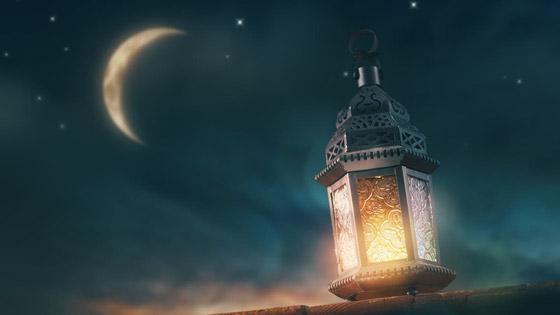 صورة رقم 4 - مع قرب حلول رمضان.. داعية يدعو لاغتنام هذه الليلة: (ينظر الله إلينا فيها)