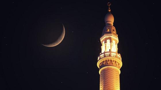 صورة رقم 2 - مع قرب حلول رمضان.. داعية يدعو لاغتنام هذه الليلة: (ينظر الله إلينا فيها)