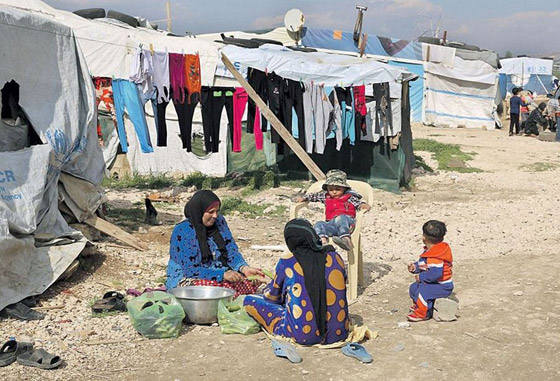 صورة رقم 7 - لجأوا إلى المخيمات.. لبنانيون ينتقلون للعيش في مخيمات اللاجئين الفلسطينيين