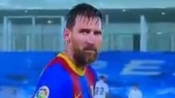 صورة رقم 3 - انظر إلى ميسي وهو يرتجف أثناء المباراة مع ريال مدريد