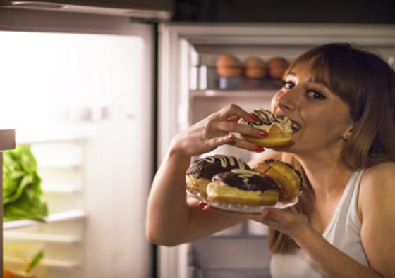 صورة رقم 1 - إحساسنا الدائم بالجوع قد يدلل على مرض خطير!